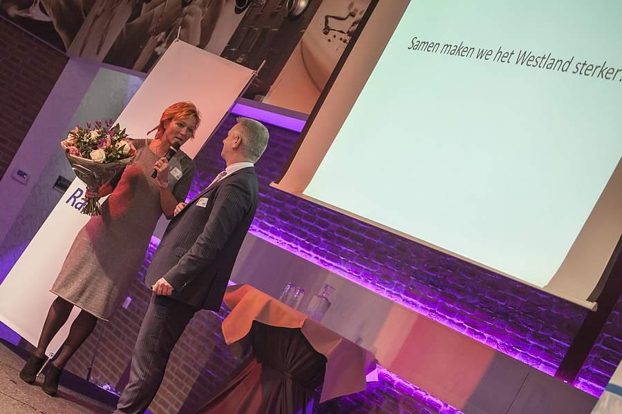 Annemarie van Gaal houdt sprankelende lezing voor volle zaal Westlandse ondernemers