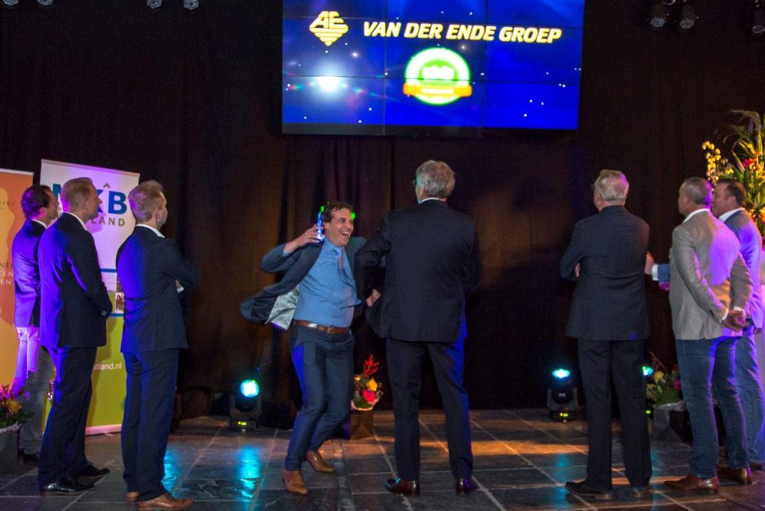 Van der Ende Groep wint MKB Westland Partners Ondernemersprijs 2016