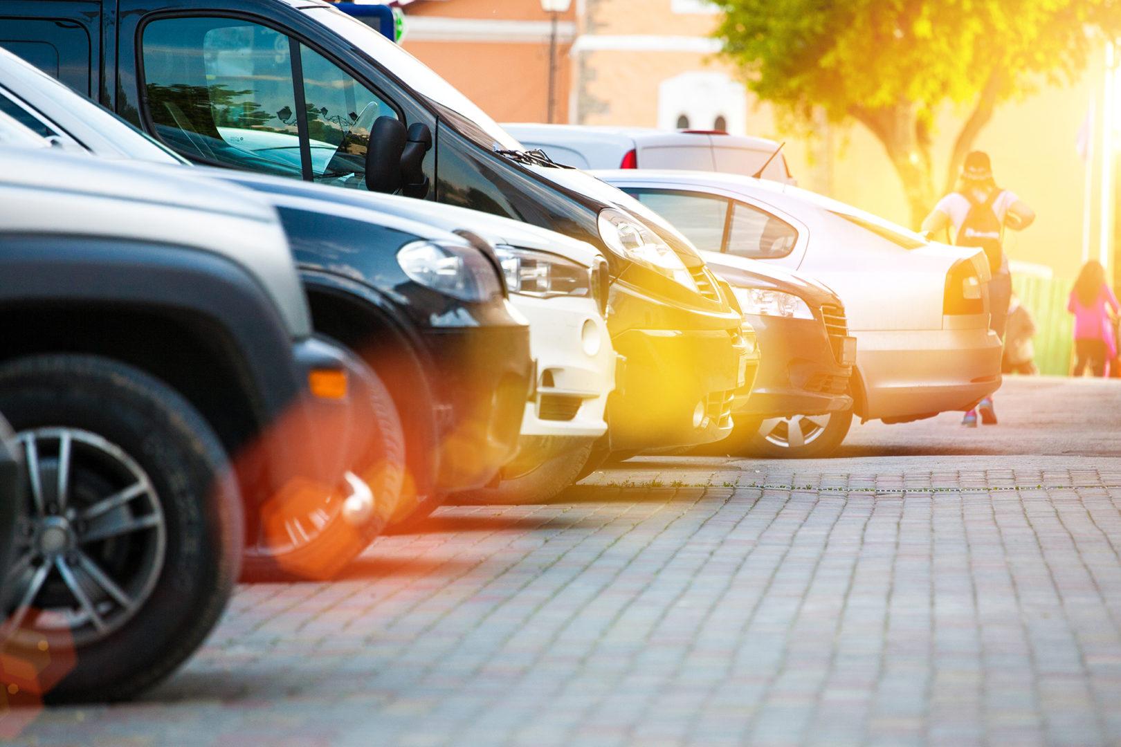 Collegevragen: parkeerdruk in Westlandse centra