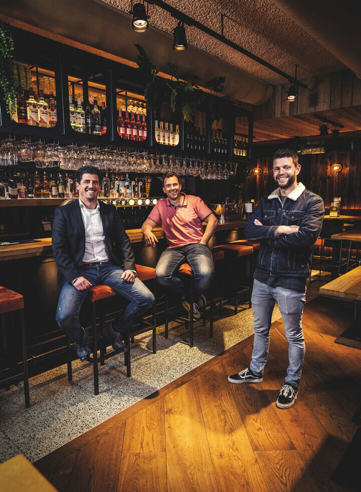 Paul van der Helm en Stef van Adrichem  van Eetcafé De Witte: 'Corona bracht duurzame ontwikkelingen in een stroomversnelling'